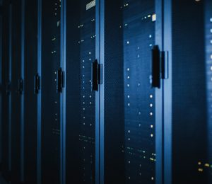 Boosting-capital-and-operational-efficiency-during-data-center-transformation-blog