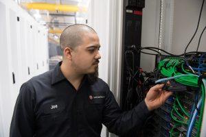 CH1-Data Suite-ServerFarm employee managing servers